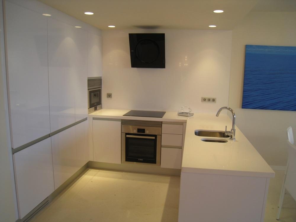 Arredamento casa stile marinaro la casa al mare for Arredamento casa idee